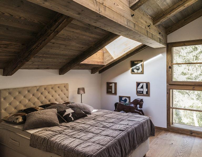 . 170220, Domaine du Roc, Villars, appartments.